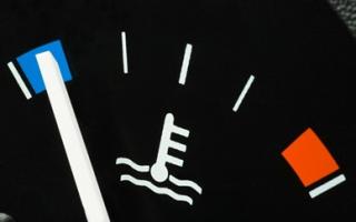 Почему не нужно прогревать двигатель зимой